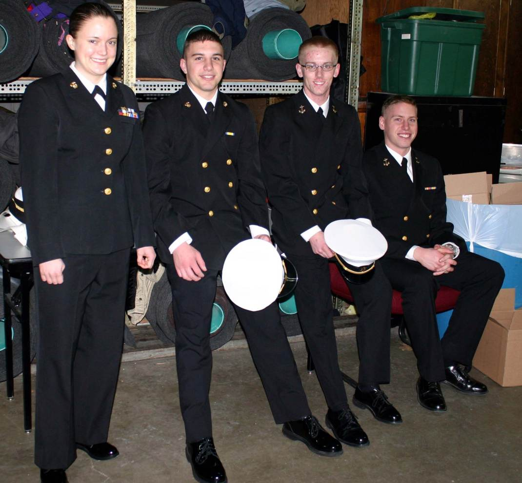 Midshipmen Matzen, Eise, Hunt and >>>