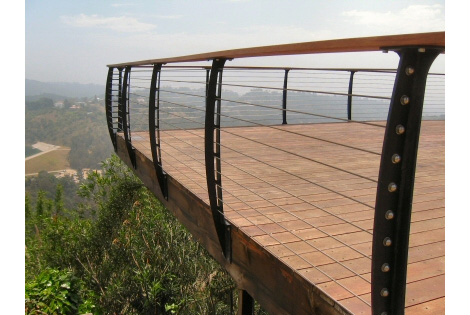 keuka-studios-cable-railing-system-5